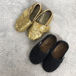 TOMS classic slip on baby shoes w/ strap